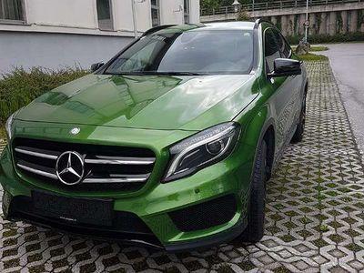 gebraucht Mercedes 180 GLA-KlasseAMG aussen innen SUV / Geländewagen