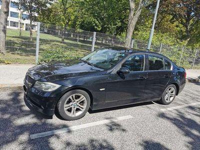 gebraucht BMW 325 3er-Reihe (E90)