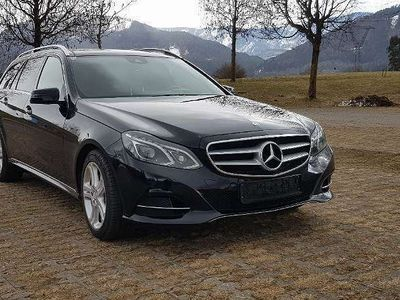 gebraucht Mercedes E300 E-KlasseBlueTEC Hybrid Avantgarde Aut. Kombi / Family Van