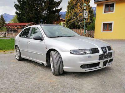 gebraucht Seat Leon 1.9 tdi 4x4 arl Klein-/ Kompaktwagen