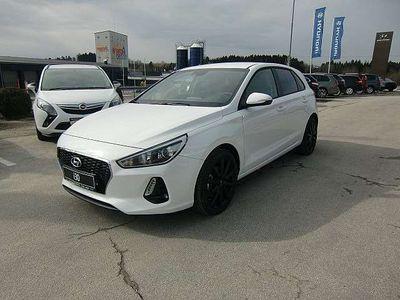 gebraucht Hyundai i30 1,6 CRDi Comfort Start/Stopp Limousine,