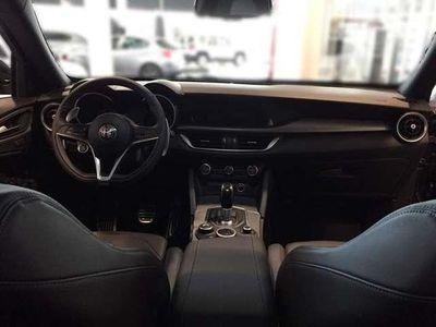 gebraucht Alfa Romeo Stelvio B-Tech 2,0 ATX AWD SUV / Geländewagen