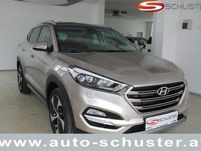 gebraucht Hyundai Tucson 1,6 T-GDI 4WD Style DCT SUV / Geländewagen,
