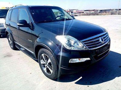 gebraucht Ssangyong Rexton Executive 4WD Aut. 7 sitzer NEUZUSTAND !!! SUV / Geländewagen