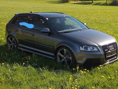 gebraucht Audi RS3 RS3 Neue Reifen u Bremse2,5 TFSI quattro S-tronic