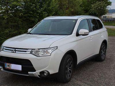 brugt Mitsubishi Outlander 2.2 DI-D 4WD Instyle SUV / Geländewagen,