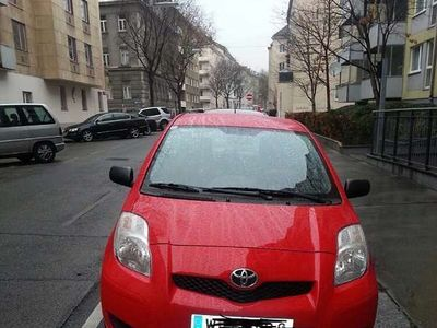 brugt Toyota Yaris 1,0 3- TG Klein-/ Kompaktwagen,