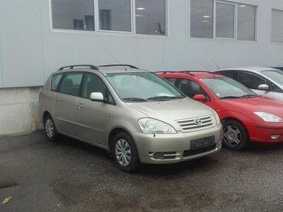 gebraucht Toyota Avensis Verso 2,0 D-4D Kombi / Family Van