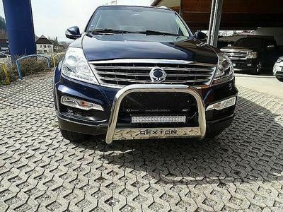 gebraucht Ssangyong Rexton Premium 4WD Aut. SUV / Geländewagen