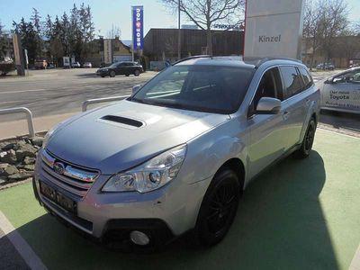 gebraucht Subaru Outback Touring Wagon 2,0 D Comfort AWD CVT Nur Händler Verkauf Kombi / Family Van