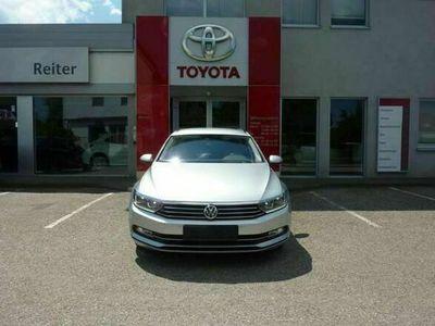 gebraucht VW Passat Variant 2,0 TDI DSG *LED*NAVI*ACC*SHZ*PDC* Kombi / Family Van