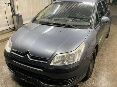 gebraucht Citroën C4 1,6 HDi 90 Family