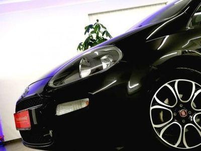 gebraucht Fiat Punto 1,4 Easy ** TOP ** SERVICE NEU !! * SPORTPAKET *