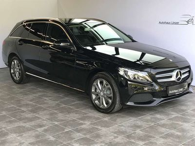 gebraucht Mercedes C180 C-KlasseT BlueTEC Avantgarde Aut.*LED*NAVI* Kombi / Family Van
