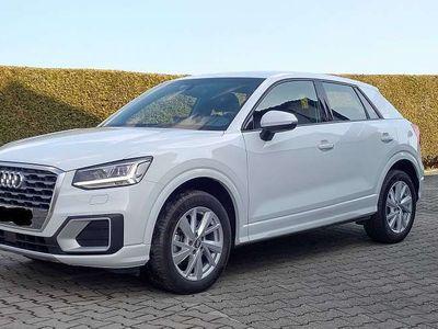 gebraucht Audi Q2 Q21.0TFSI Sport,S tronic,LED,AHK,5J Garantie SUV / Geländewagen,