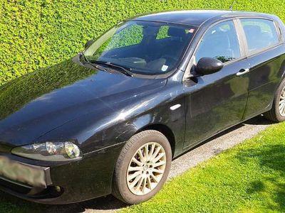 brugt Alfa Romeo 147 1471,9 JTD Klein-/ Kompaktwagen,