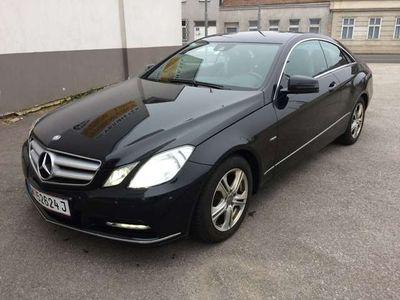 gebraucht Mercedes E220 CDI COUPE AvantgBlueEff LEDER NAVI XENON PDC MFLK