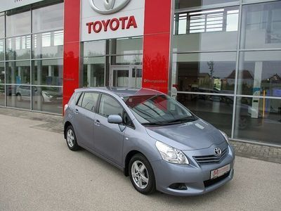 gebraucht Toyota Verso 1,6 Valvematic Mid