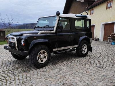 gebraucht Land Rover Defender 90 Td5 SW 6-Sitzer SUV / Geländewagen