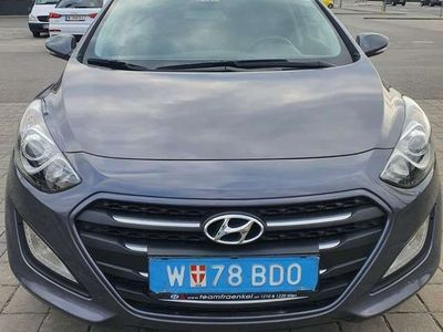 gebraucht Hyundai i30 1.6 Crdi