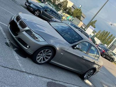 gebraucht BMW 330 3er-Reihe Allrad xDrive Österreich-Paket Aut.