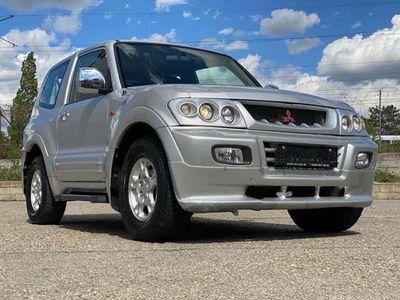 gebraucht Mitsubishi Pajero GLS 3,2 V6 DI-D TD Aut.