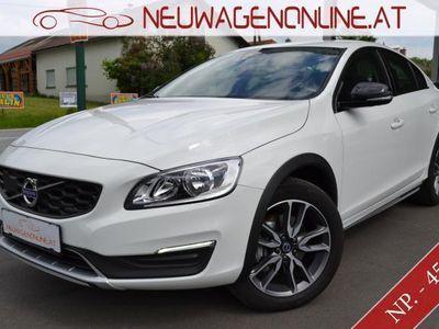 usata Volvo S60 CC D3 Momentum Geartronic Jungwagen -40 %