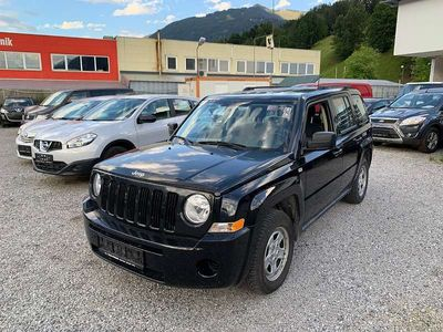 gebraucht Jeep Patriot 2,2 CRD 122 PS Sport EURO 5 SUV / Geländewagen
