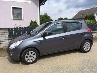 used Hyundai i20 1,25 Europe Klein-/ Kompaktwagen,