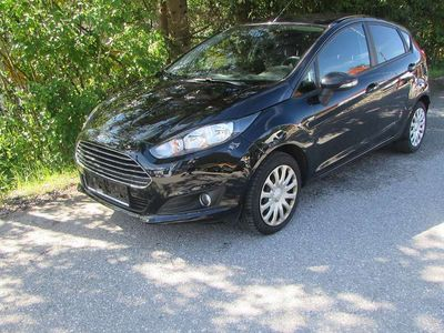 gebraucht Ford Fiesta Easy 1,25 Limousine,