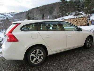 gebraucht Volvo V60 D2 Kinetic Powershift