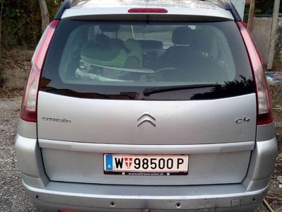 used Citroën C4 Picasso 1,6 HDI Kombi / Family Van,