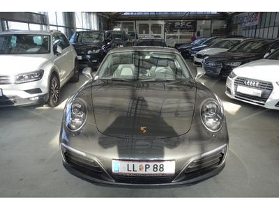used Porsche 911 Carrera Coupé PDK