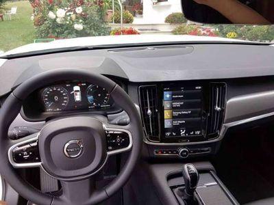 gebraucht Volvo V90 D3 Momentum