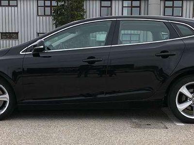 brugt Volvo V40 D3 Momentum Limousine,