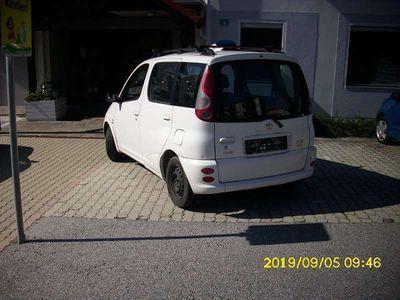 gebraucht Toyota Yaris Verso Yaris1,3VVT-I Kombi / Family Van