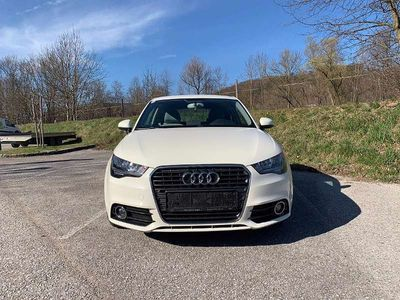 gebraucht Audi A1 1,6 TDI Attraction S-tronic Klein-/