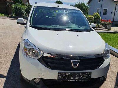 gebraucht Dacia Lodgy 1598cm3 Kombi / Family Van