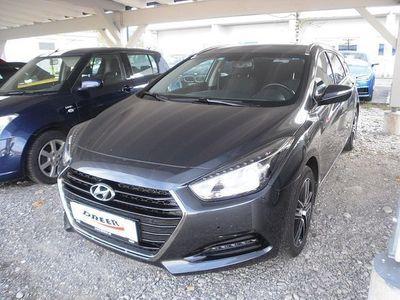 gebraucht Hyundai i40 Kombi 1,7 CRDi DCT S&S Aut.