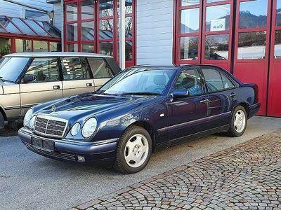 gebraucht Mercedes E240 Limousine