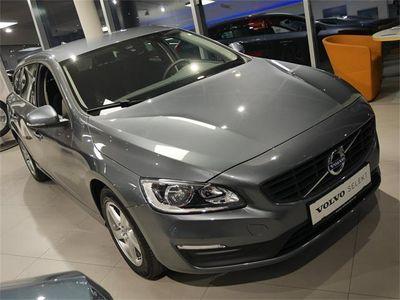 gebraucht Volvo V60 D3 Geartr. Business Navi/Winter P./Familien P.