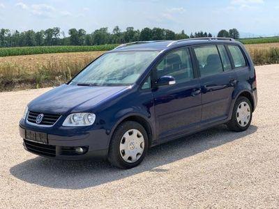 used VW Touran Trendline 1,9 TDI DPF *KLIMA*SITZHEIZUNG*AHK*