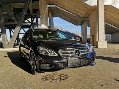 gebraucht Mercedes E300 BlueTEC Hybrid A-Edition Aut.