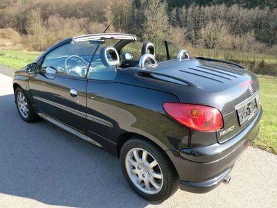 gebraucht Peugeot 206 CC 206 Platinum Edition 1.6 HDI 110 Cabrio Cabrio / Roadster