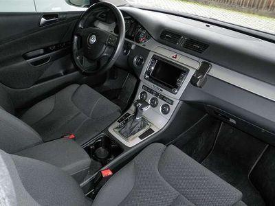 gebraucht VW Passat 1.4 TSI Eco Fuel DSG Erdgas Kombi / Family Van
