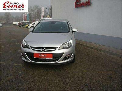 gebraucht Opel Astra ST 1,4 Turbo Ecotec Cosmo Start/Stop System Kombi / Family Van
