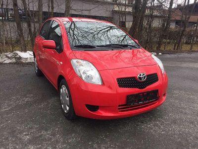 gebraucht Toyota Yaris 1.4 Klein-/ Kompaktwagen