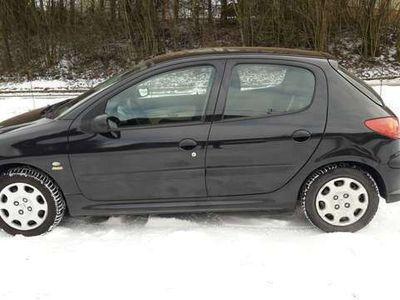 gebraucht Peugeot 206 1,4 HDI Klein-/ Kompaktwagen