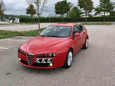 gebraucht Alfa Romeo 159 SW 1.9 JTDM 16V DISTINCTIVE Kombi / Family Van