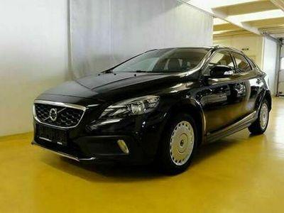 gebraucht Volvo V40 CC D2 NAVI/PANO/TEMPO/PDC/HIGH PERFORMANCE SOUND/MFL